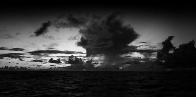 orage-mer-noir-blanc_340595