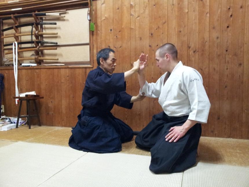 Julien Coup avec Kono Yoshinori Senseï au Japon