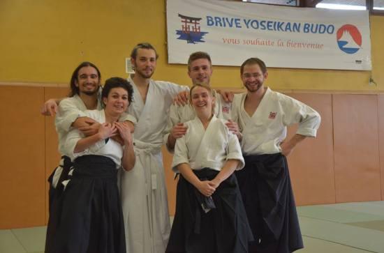 Avec les proches et amis de pratique