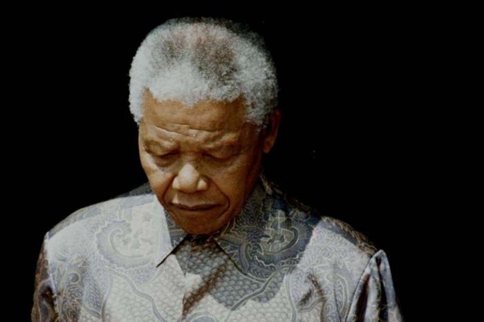 Nelson-Mandela-s-est-eteint_article_landscape_pm_v8