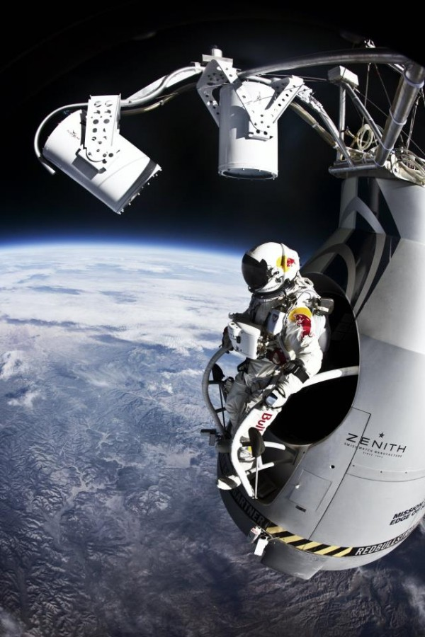 Felix-Baumgartner-Space-Jump-600x900