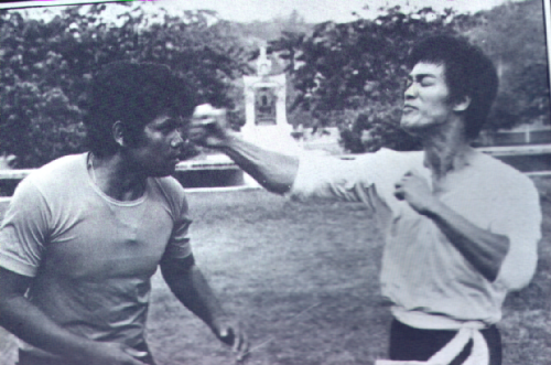 bruce-lee-that-one-inch-punch