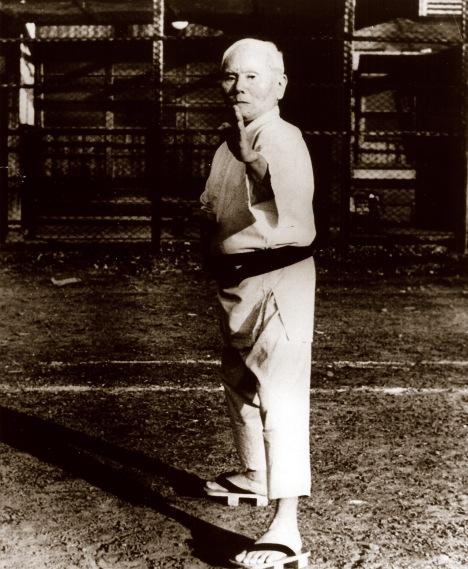 Gichin Funakoshi senseï